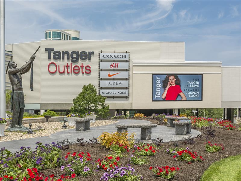 Foxwoods casino outlets
